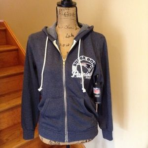 NWT Patriots zip up sweatshirt. LIII Super Bowl.